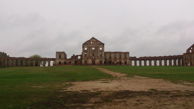 Ружаны, дворец Сапег.